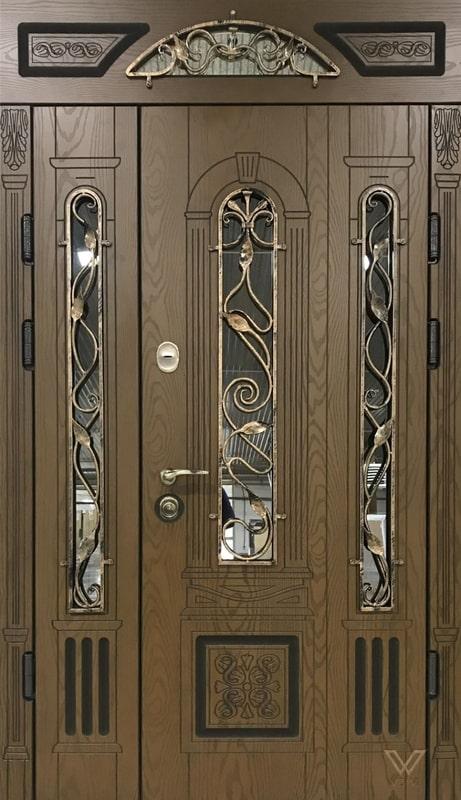 Входные двери с полимерными накладками, двуполые, с ковкой и стеклопакетом