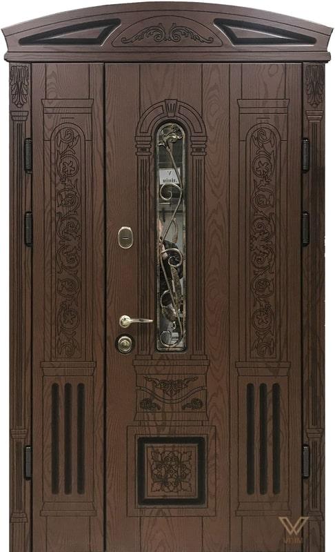 Вхідні двері з полімерними накладками, двополі з склопакетом, ковкою та карнізом