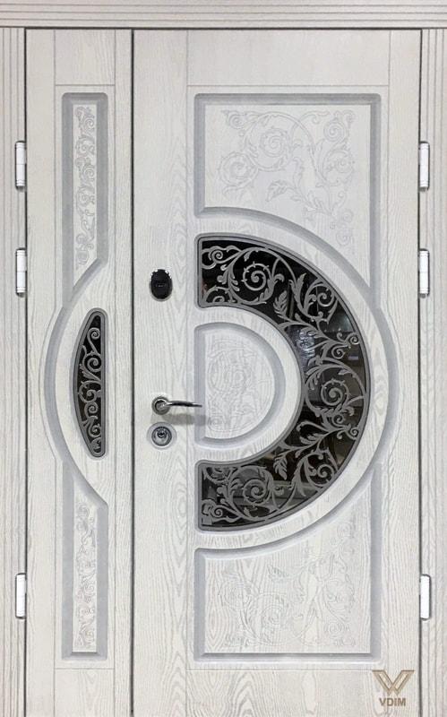 Двери входные, полимерные, белые