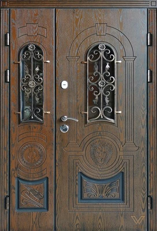 Броньовані двері власного виробництва з полімерними накладками